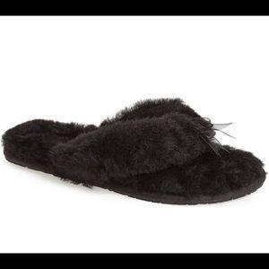 Ugg Black Fluff Flip Flop Slippers 2
